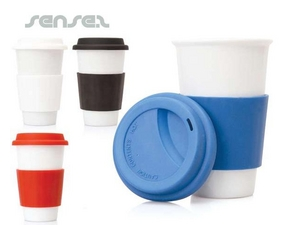 Ceramic take away mug with silicone sleeve